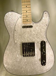 Dillion Guitars USA DPT100 White Pearl (made in Korea)
