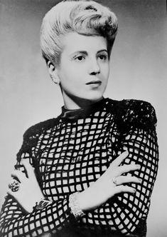 Eva Perón early life as an actress