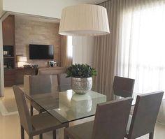 Uma sala compacta e muito linda para inspirar nossa noite! Amei! @pontodecor | @maisdecor_ Projeto Érika Queiroz www.homeidea.com.br Face: /homeidea Pinterest: Home Idea #homeidea #arquitetura #ambiente #archdecor #archdesign #projeto #homestyle #home #homedecor #pontodecor #homedesign #photooftheday #interiordesign #interiores #picoftheday #decoration #revestimento #decoracao #architecture #archdaily #inspiration #project #regram #home #casa #grupodecordigital