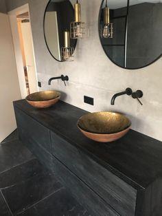 Diy Bathroom Decor, Budget Bathroom, Bathroom Interior Design, Small Bathroom, Bathroom Toilets, Dream Bathrooms, Bathroom Inspiration, House Design, Interiors