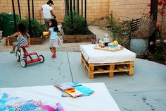 How to Make Outdoor Seat Cushions
