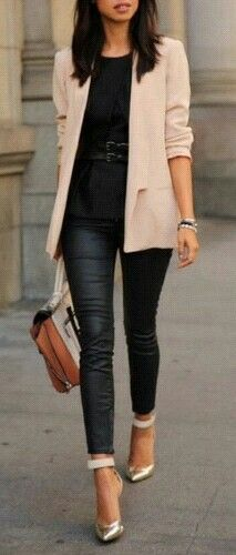 Peach blazer + black jeans + gold heels