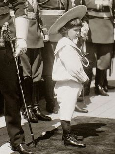"Tsar Nicholas II of Russia with his son Tsarevich Alexei Nikolaevich Romanov of Russia at the Bay of Reva in 1908. ""AL"""