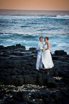 Plan a beach wedding on Kauai