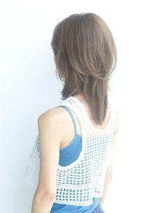 前髪&小顔カットに定評のある信頼の厚いAFLOATのトップデザイナー   青山・表参道の美容室 AFLOAT D'Lのヘアスタイル   Rasysa(らしさ)