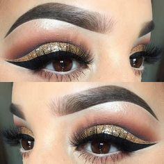Gold Glitter Cut Crease Eye Makeup for Holidays #glittercutcrease #goldcutcrease