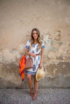 Summer In Provence - Gal Meets Glam Spring Summer Fashion, Spring Outfits, Preppy Style, My Style, Moda Formal, Gal Meets Glam, Ootd, Trends, Dress To Impress