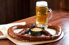 Prost! The 5 Best Oktoberfest Bars in Chicago | UrbanMatter Chicago Bars, Brew Pub, Best Beer, Simple Pleasures, Ale, Snacks, Lincoln, Dining, Food