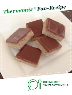Peppermint Crisp Slice by Karsal. A Thermomix <sup>®</sup> recipe in the category Desserts & sweets on www.recipecommunity.com.au, the Thermomix <sup>®</sup> Community.