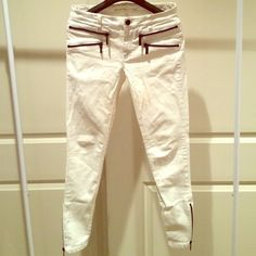 Michael Kors Women Skinny Jeans Great zippers design. Great condition. Michael Kors Jeans Skinny