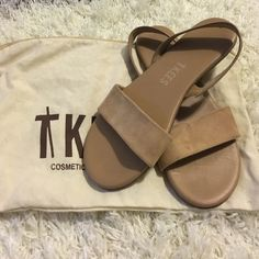 Tkees | Charlie Sandal Nude color flats. Cowhide leather insole and suede upper. Will pair with any outfit. The only sandal you need to pack for your next getaway. Worn once. Color cocobutter Tkees Shoes Sandals