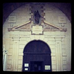 #Turenne #portail #collégiale Notre-Dame-Saint-Pantaléon