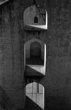 Anita Andrzejewska Black White Photos, Black And White, Graphic Illustration, Door Handles, Wall Lights, Photography, Image, Art, Black White