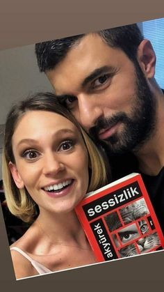 Farah Zeynep Abdullah and Engin Akyurek at a book signing of Engin's book. Farah and Engin made a movie together. I can not remember the name of it but it had September in the title. Both were much younger then. Remember The Name, Making A Movie, Tv Couples, Handsome Actors, Book Signing, Turkish Actors, Best Actor, Kara, Brain