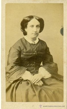 Luisa Fernanda de Borbón, Duchess of Montpensier. Photo by Godínez, ca.1865.