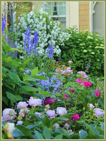 Aiken House & Gardens: Favorite Color Combinations in the Garden