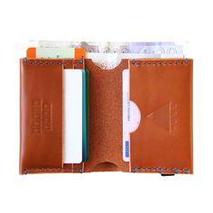 HØWL – Bi-Fold Wallet