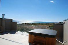 Townhouse at Moana www.christiesbeachprofessionals.com.au #realestate #realestatesouthaustralia #SeaView #Spa #Balcony