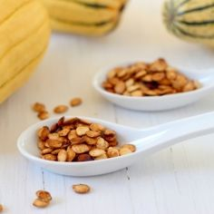 A simple and delicious recipe for roasted winter squash seeds