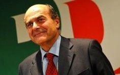 """Bersani attacca Berlusconi. """"Aspetto solo che ora il Milan compri l'Inter"""" #bersani #berlusconi"""