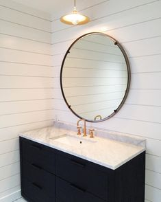 new washroom sitting pretty with a classic from @brendanravenhillstudio ✨ simplicity at its best #mindygayerdesign
