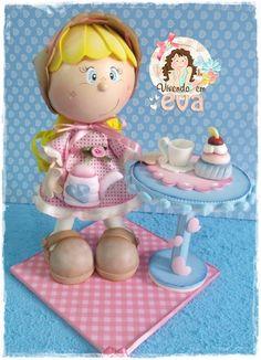Fofucha Handmade Crafts, Diy And Crafts, Box Surprise, Biscuit, Doll Tutorial, Pasta Flexible, Foam Crafts, Doll Head, Fairy Dolls