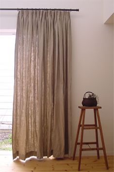 LINNET リネンオーダーカーテン linen order curtain Home Curtains, Linen Curtains, Curtains With Blinds, Industrial Pipe Shelves, Natural Interior, My Dream Home, Sweet Home, New Homes, Room Decor