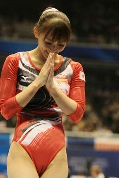 Gymnastics Photography, Gymnastics Pictures, Sport Gymnastics, Artistic Gymnastics, Olympic Gymnastics, Gymnastics Leotards, Gal Gardot, Female Volleyball Players, Beautiful Athletes