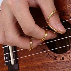 Butterfly Finger Picks wThumb Original Made In USA Fingerstyle Guitar 4 Picks Ukulele Songs, Music Guitar, Guitar Chords, Acoustic Guitars, Guitar Tips, Guitar Lessons, Geek House, Guitar Fingers, Fingerstyle Guitar