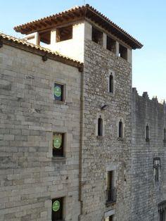 Publicamos la Casa Pía Almoina en Gerona. #historia #turismo  http://www.rutasconhistoria.es/loc/casa-pia-almoina-gerona