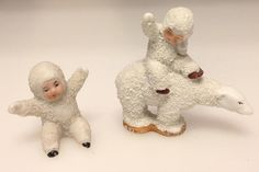 Select How to Knit a Bunny from a Square with Video Tutorial Old Christmas, Antique Christmas, Merry Little Christmas, I Love Snow, Indian Dolls, Baby Ornaments, Christmas Decorations, Christmas Ornaments, Cake Decorations