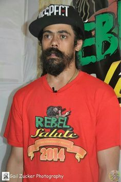 Ah, Damian in the New Year! Marley Brothers, Bob Marley Pictures, Damian Marley, Reggae Artists, Artist Quotes, Baby Daddy, Dreads, Black History, Rebel