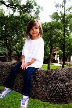 Great child's pose, Landa Library, San Antonio