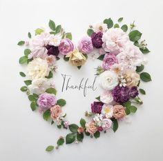 Oh Beautiful, Beautiful Nature Scenes, Beautiful Flowers, Beautiful Flower Arrangements, Floral Arrangements, Month Flowers, Salon Business Cards, Pressed Flower Art, Pink Garden