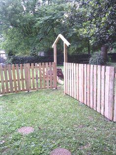 (5) Hometalk :: Pallet Fence