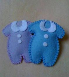 Resultado de imagen para distintivos para baby shower niño