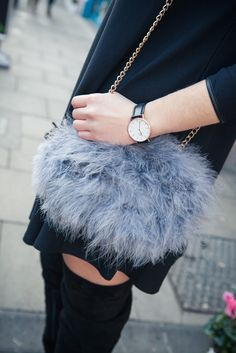 Style me curvy: 60's Chic & fluffy bags #riverisland #bloggerstyle