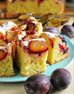 sio-smutki! Monika od kuchni: Łatwe ciasto ze śliwkami na oleju Polish Desserts, Polish Recipes, Bakery Recipes, Dessert Recipes, Cooking Recipes, Plum Recipes, Sweet Recipes, Just Bake, Sweets Cake