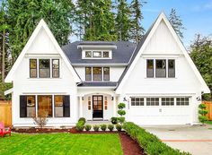 <div><ul><li>Two big gables and a shed dormer add distinction to this midern farmhouse house plan.</li><li>Step into the foyer for a wonderful view of the gently curved staircase that hugs the two-story rotunda.</li><li>The formal dining room is 16' deep and has a built-in to one side for your china storage.</li><li>At the back of the house, the informal living area has an open layout that maximizes the views from room to room.</li><li>The giant walk-in pantry is an added plus.</li><li>On…