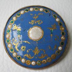 BOUTON ANCIEN époque fin XVIIIè début XIXè Porcelaine de Sèvres et Emaux - 18thC