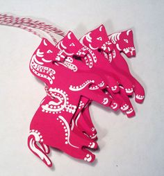 Wooden Handpainted Red Dale Horse Ornaments / by helenaCRAFTS