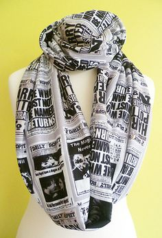 The Daily Prophet, Harry Potter Gift, Harry Potter Present, Harry Potter Loop Scarf, ROOBYLANE