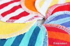 Ohje: Kestovanulaput ihonpuhdistukseen vanhoista pyyhkeistä ja t-paidoista Reuse Fabric, Repurposed, Gym Shorts Womens, Sewing, Crafts, Diy, Handicraft Ideas, Clothes Refashion, Fabrics