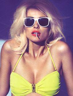white summer shades & a lollipop
