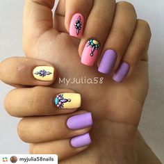 Nail Designs That I Personally Love Glitter Manicure, Manicure And Pedicure, Great Nails, Love Nails, Music Nails, Mandala Nails, Creative Nails, Nails Inspiration, Beauty Nails