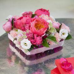 Réaliser une composition florale pour la fête des mères - Marie Claire Idées