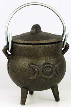 small Triple Moon cauldron