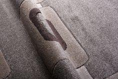Luxusní kusový koberec REGA RE0100 Tie Clip, Towel, Tie Pin