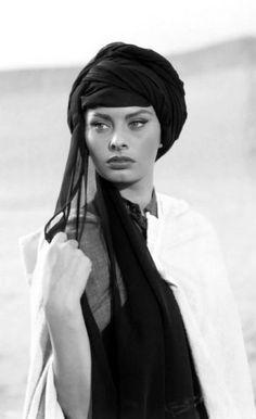 Face  #sophia loren turban