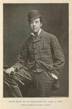 Oscar Wilde.1854-1900.Yo creo en cualquier cosa siempre que sea increible.